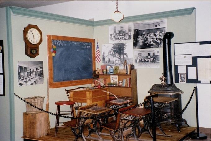 history of kenosha clothing stores